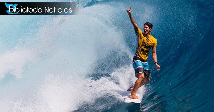 """""""Todo honor y toda gloria sean dadas a Tí, Señor"""" dice deportista de Brasil después de ganar competición de Surf"""