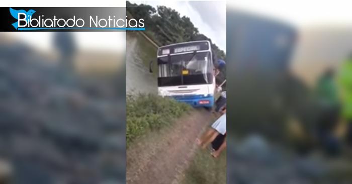 """""""Dios nos sostuvo"""" dicen personas que estuvieron a punto de tener muerte fatal en carretera de Brasil"""