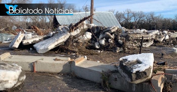"""""""Tal vez es una señal de Dios"""" dice agricultor que perdió todo en inundaciones en Nebraska"""