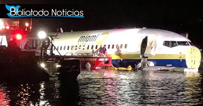 """Avión que aterrizó en agua no sufrió daños, """"Fue un milagro"""" dice tripulación"""