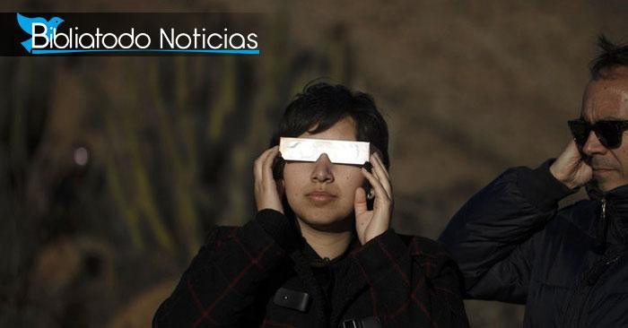 Sufrió horrible quemadura en los ojos mientras observaba eclipse solar