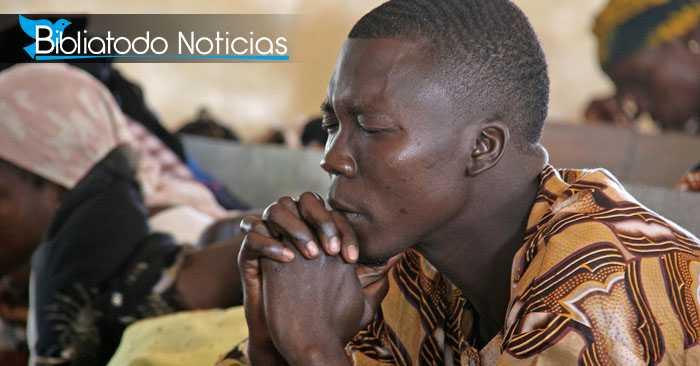 """En medio de las balas, pastor logra escapar """"milagrosamente"""" de ataque terrorista"""