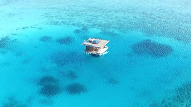 La habitación sumergida de Manta Resort tiene un valor de $1700 por noche.