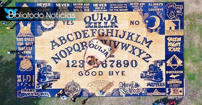 El tablero de Ouija más grande del mundo