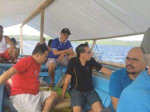 Pastor Vedasto Subiaga en su canoa.